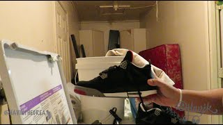 How to clean your sneakers in the washer