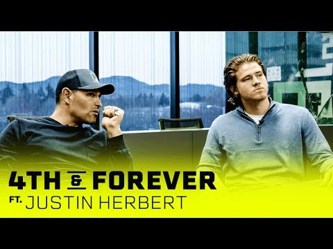 Justin Herbert | The Intangibles with Mark Sanchez | 4th & Forever x SHOWTIME Sports