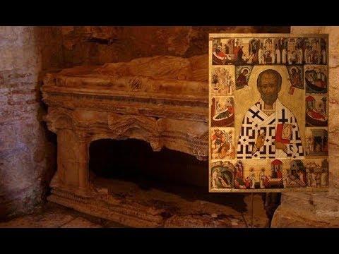 Tomb of Santa Claus Found in Turkey