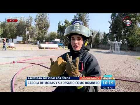 Carola de Moras vivió la experiencia de ser bombero por un día
