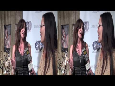 Deborah Gaspar jewelry joined by Blush band during interview in 3D