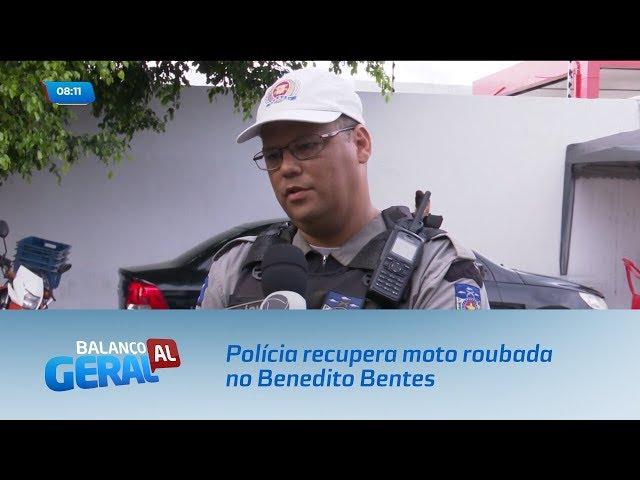 Polícia recupera moto roubada no Benedito Bentes