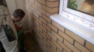 видео Очистка остекления балконов