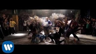 Repeat youtube video Flo Rida - Club Can't Handle Me ft. David Guetta [Official Music Video] - Step Up 3D