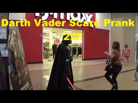 Darth Vader Statue Scare Prank 2!! Star Wars/ Hatcher Point Mall Waycross GA