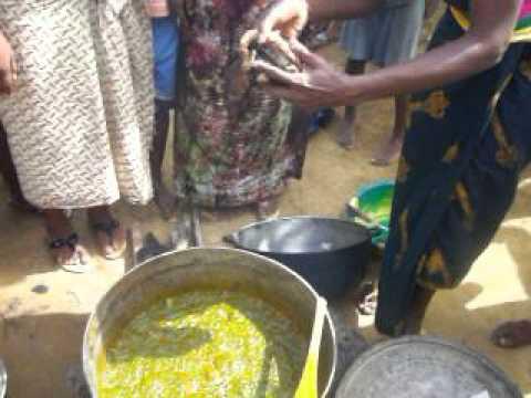 Sierra Leone women cooking
