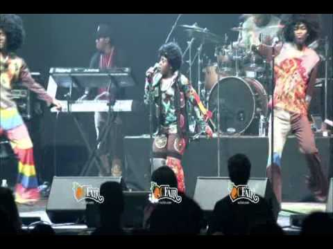 Quizz Swanigan performing a Michael Jackson  Medley