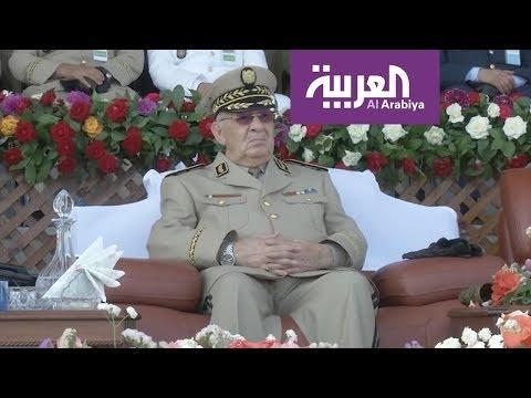 هل ينضم الجيش الجزائري للمحتجين وتنقلب الطاولة ؟  - نشر قبل 2 ساعة