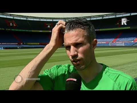 Van Persie: 'Ik aas op een goed ritme aan fitheid' BRON: Feyenoord TV