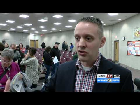 Iowa Lawmakers Meet with Union Workers