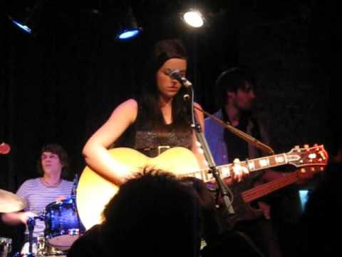 Amy Macdonald live in Boston (2/9) - Youth of Today