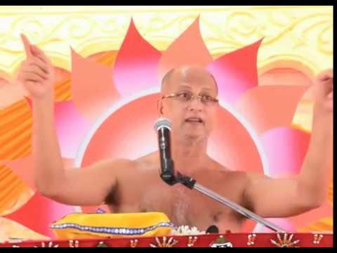 Muni Pulak Sagar Ji -मीठी मीठी बातों से बचना ज़रा