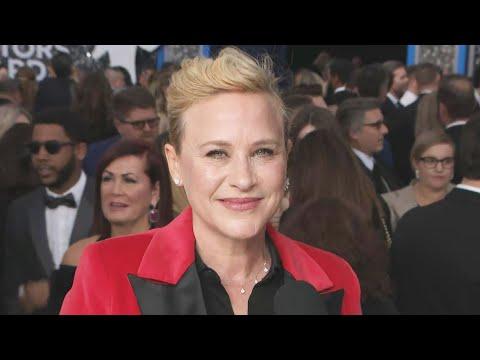 Patricia Arquette Talks Joey King's Golden Globe Injury  SAG Awards 2020