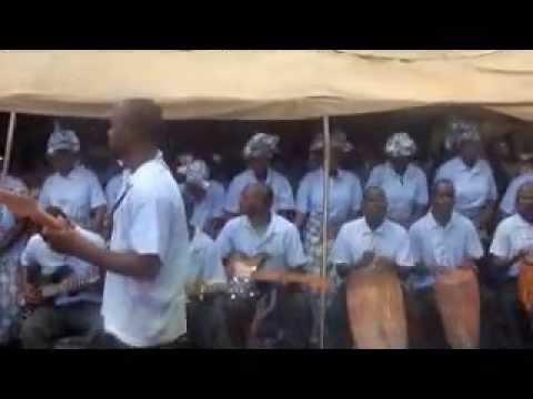 Zambian Gospel Music (Ulemu -Gloria by Chipata Deanary Catholic Choir)