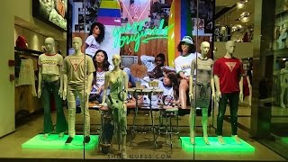 Storefronts on Rodeo Drive - Part 11