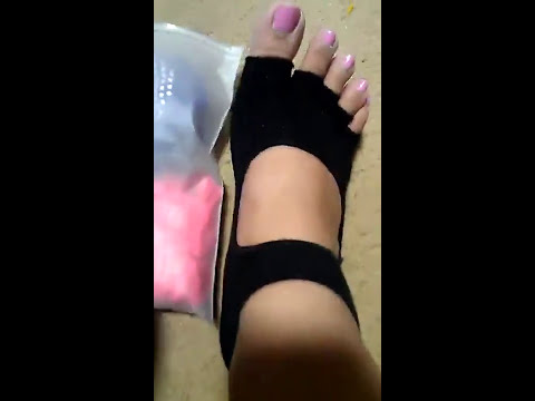 Lantee Open Foot Half Toe Non Slip Pilates Yoga Socks