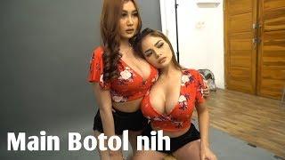 Download Video WOW!!!PAMELA SAFITRI MAIN BOTOL BERDIRI MP3 3GP MP4