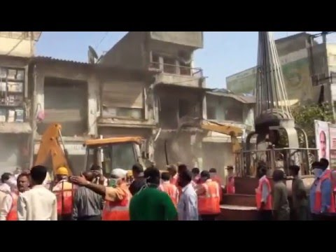 Multiple Bulldozers shop demolition, Ulhasnagar