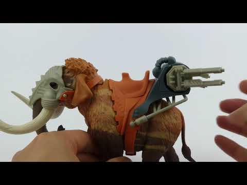 Brand New Triceratops Jurassic Clash Dino Commander Set