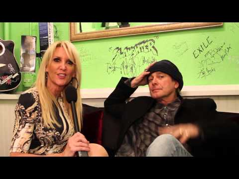 Backstage Access with [Robin Zander] Band