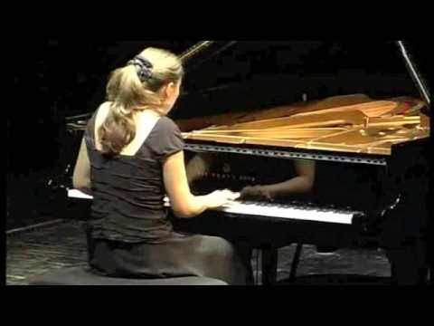 Olga Jegunova in Hamburg(3/4): J. Brahms - Three Intermezzi Op. 117