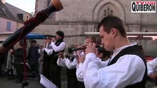 Le Bellithon danse au son du biniou - TVBI Belle-Ile Télévision