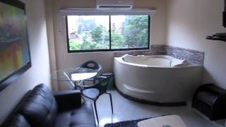 1 bedroom Park lleras Hot tub AC