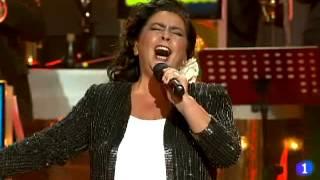 """María del Monte, canta  """"Y Viva España"""" de Manolo Escobar"""