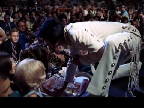 elvis presley kiss me quick ao vivo something went