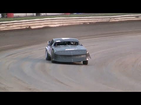 Thunder Stocks Iron Man Round 1 - Volusia Speedway Park 4-2-16