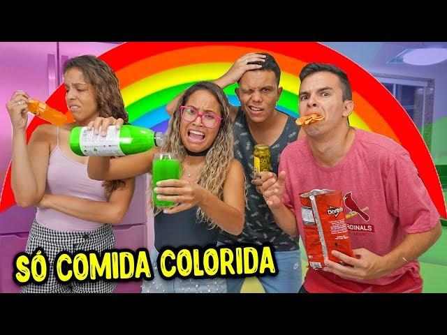 UM DIA INTEIRO SÓ COMENDO COM AS CORES DO ARCO-ÍRIS! - KIDS FUN
