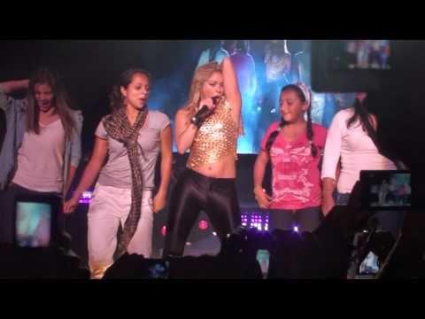 Shakira - Suerte - The Sun Comes Out World Tour @ Bogotá - March 12th 2011