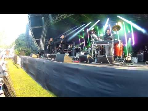 10cc - Live 'Concert At The Kings' 2013