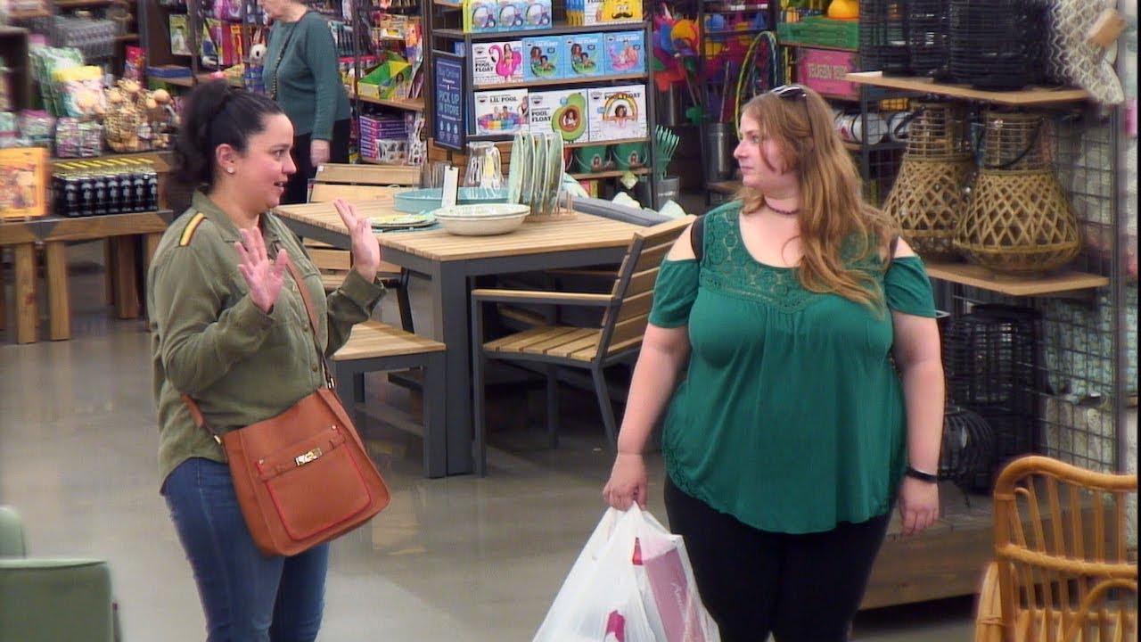Ellen's Writers 'Speak the Lyrics' to World Market Shoppers