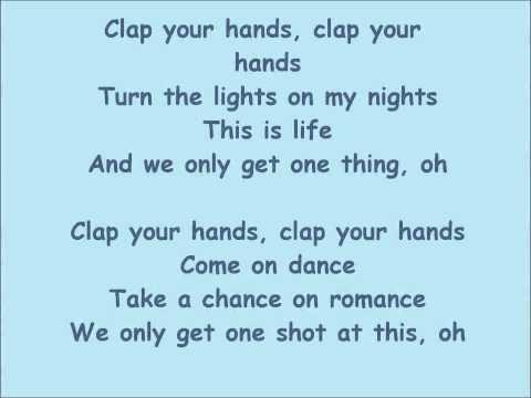Sia - Clap Your Hands [Lyrics]