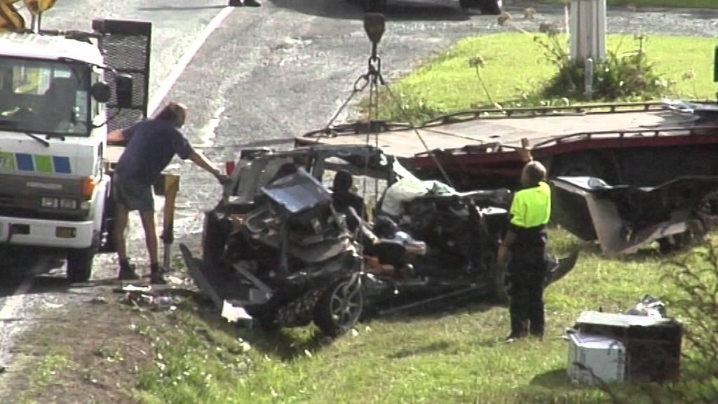Car Crash Auckland Today