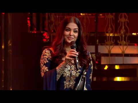 Aishwarya Rai Bachchan at the 2018 HT Most Stylish Awards | Timeless Style Diva
