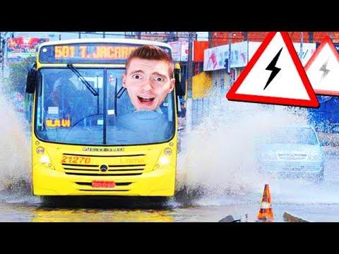 VIAJEI DE ÔNIBUS na CHUVA!!! (DEU RUIM) - Fernbus Simulator