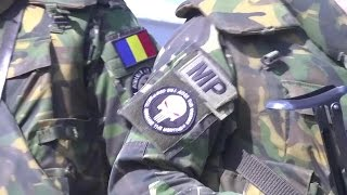 Romanian MPs  training with U.S. Army members of the 2-10 CAB