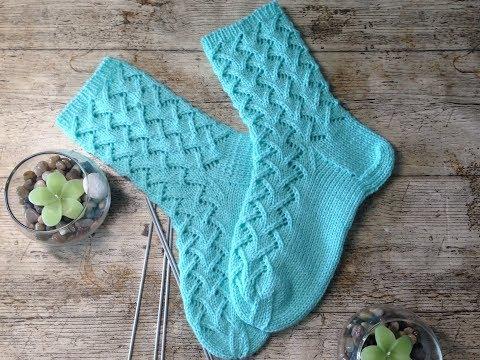 Как вязать ажурные носочки