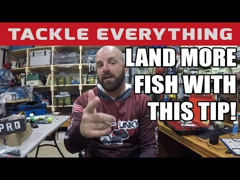How To SHARPEN Your Fishing Hooks...The CORRECT Way