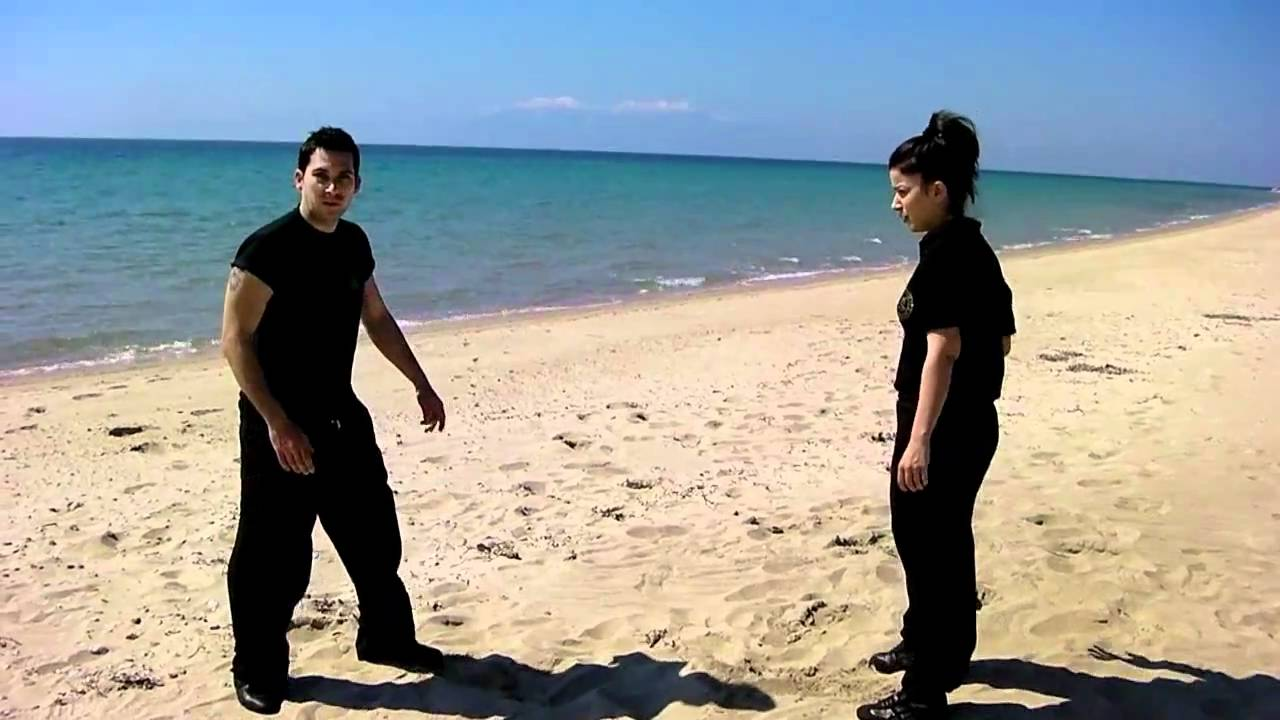 beach fighting training woman vsman youtube