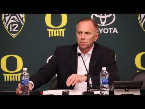 Oregon AD Rob Mullens announces Mark Helfrich firing