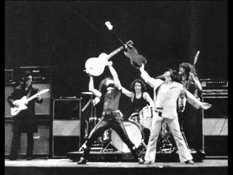 BLUE OYSTER CULT – LIVE 1972 – Before the Kiss, a Redcap – 5 of 9