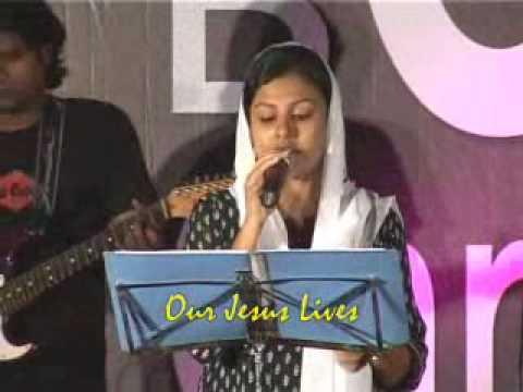 Malayalam Christian Song Njan ninnai kayevedumo....wmv