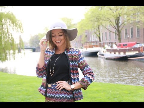 Amsterdam | Lojinhas, Brechó, Leitoras, Editorial por Juliana Goes