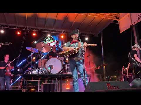 aaron-watson---these-old-boots-have-roots-(live)