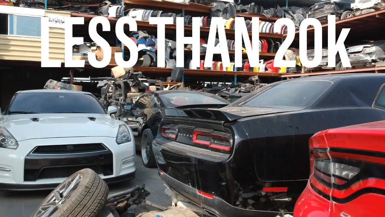 Crashed Cars For Sale >> Crashed Muscle Cars In Dubai For Sale
