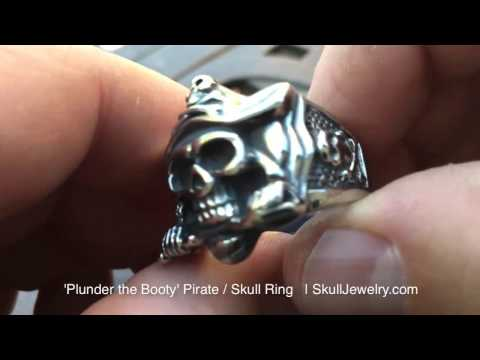 Plunder The Booty Pirate Skull Ring