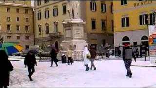 neve a LIVORNO neve in toscana  17-12-2010 (parte 1)